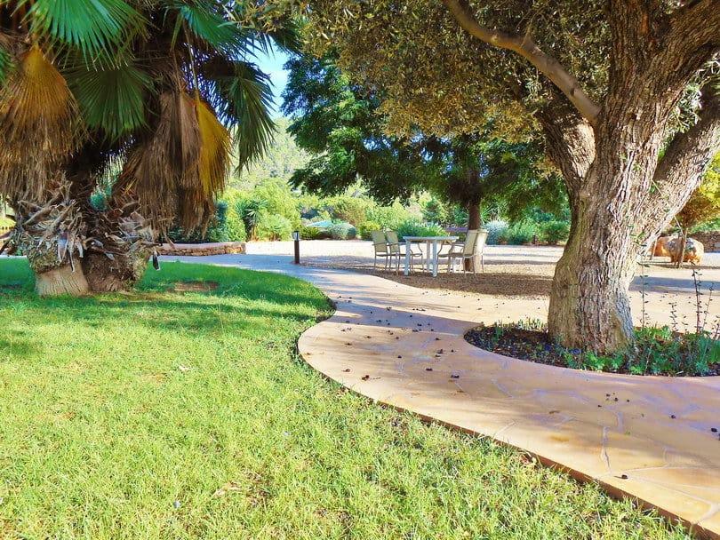 Lovely garden at Opale's Yoga retreat Sea view Ecohouse Ibiza.