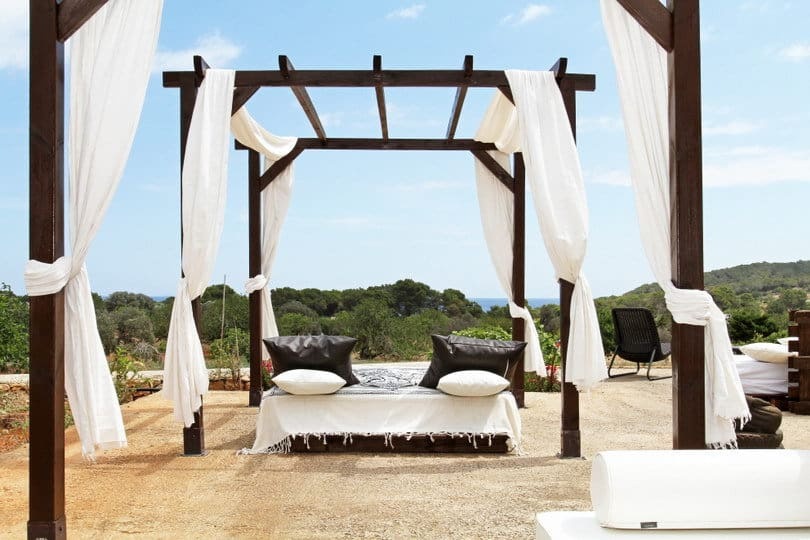 Outdoor chill out at Opales Yoga retreat Ibiza