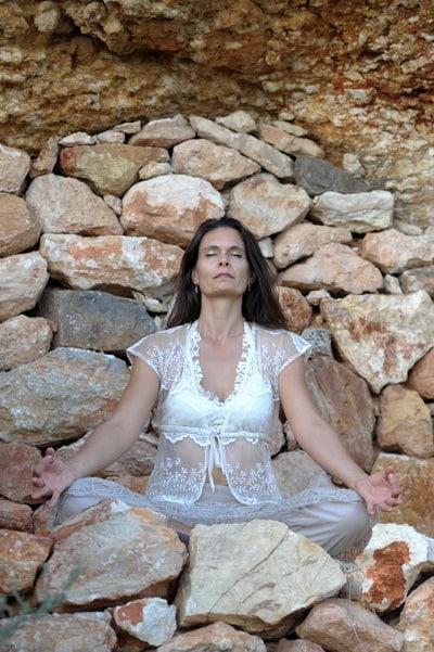 Opale Meditation in a cave in Ibiza