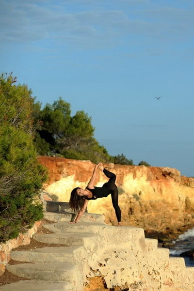 Opale in ardha candracapasana Vinyasa Yoga by the sea Vinyasa Yoga Ibiza 1