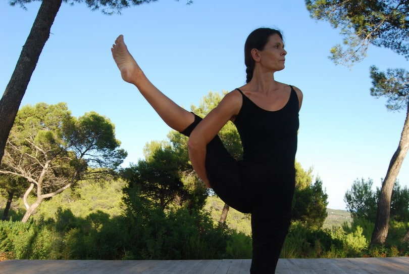 Opale in svarga dvijasana Yoga retreat Ibiza