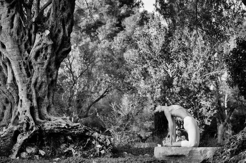 Opale in ustrasana in Ibiza black and white by Gato Suarez