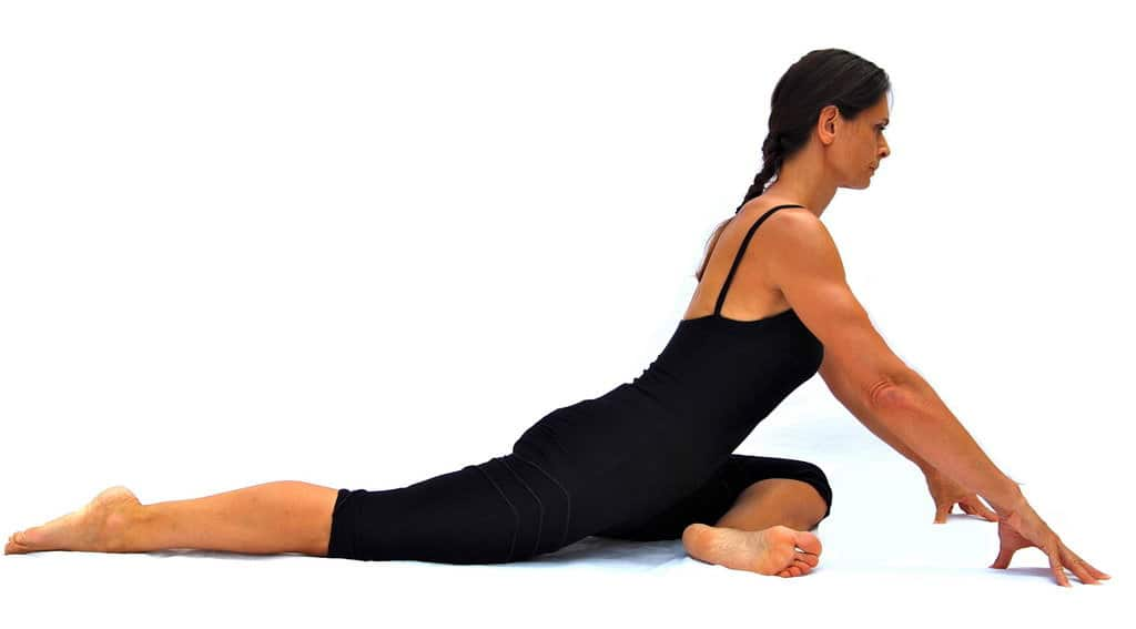 Eka pada rajakapotasana I one leg king pigeon pose preparation Opale Yoga Ibiza
