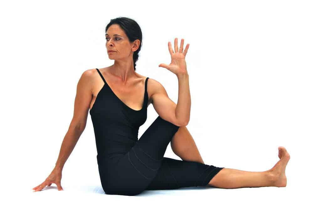 Maricyasana III sage Maricis posepreparation variation b Opale Yoga Ibiza