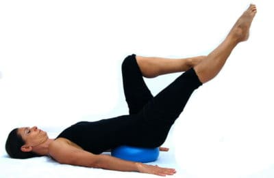 Single leg on ball Opale Pilates Ibiza